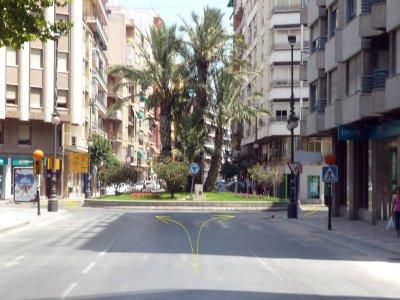 Foto nº 2. Rotonda en Calle Duque de Tamames, uno de los puntos más peligrosos del circuito. Kilómetro 0,8.