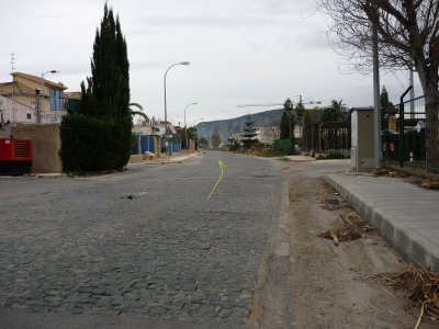 Foto nº3. Carretera de Hurchillo. Comienzo del adoquinado. Kilómetro 2.