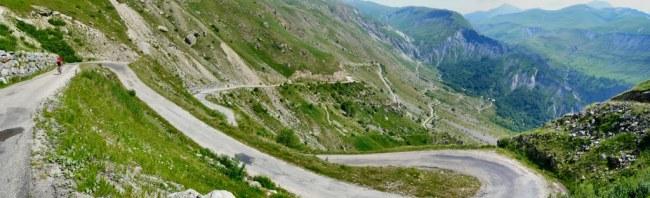 Panorámica de los km finales del Col de Sarenne E. Fotografía de Rusnati (Panoramio)