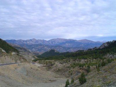 Vistas poco antes de coronar el Coll de Fumanya desde Vallcebre. Foto de Raül Massabé.