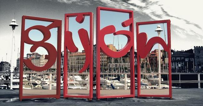 """""""Las Letronas"""" de Gijón, de jlmaral en flickr."""