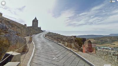 Los metros finales, ya dentro de la Fortaleza, son hormigonados. De Google Street View.