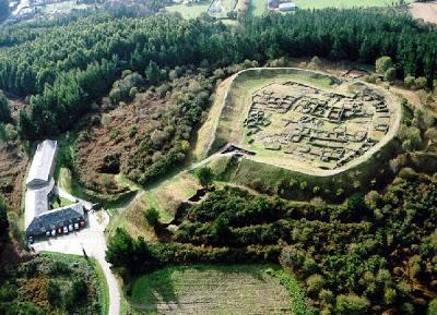 Museo y Castro de Viladonga, final propuesto para esta etapa. Foto de Turismoenxebre.com.