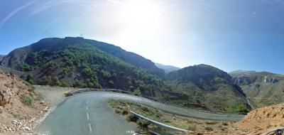 Curva de herradura en la zona más dura de Peña Hincada. Foto de Street View.