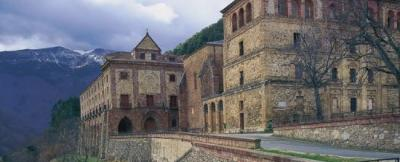El Monasterio de Sta. Mª de Valvanera acoge el final de esta etapa. Foto de spain.info.