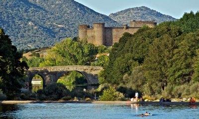 Puente medieval y Castillo de Villarconeja del Barco de Ávila